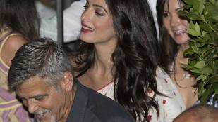 Végre látjuk Amal Clooney-t a szülése után