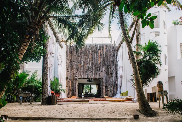 Ha van rongyos 130 ezer forintja, hogy kifizessen egy éjszakát egy hotelszobára, akkor egy napig úgy, de legalábbis ott élhet, ahol egykor Pablo Escobar is meghúzta magát szerényen.