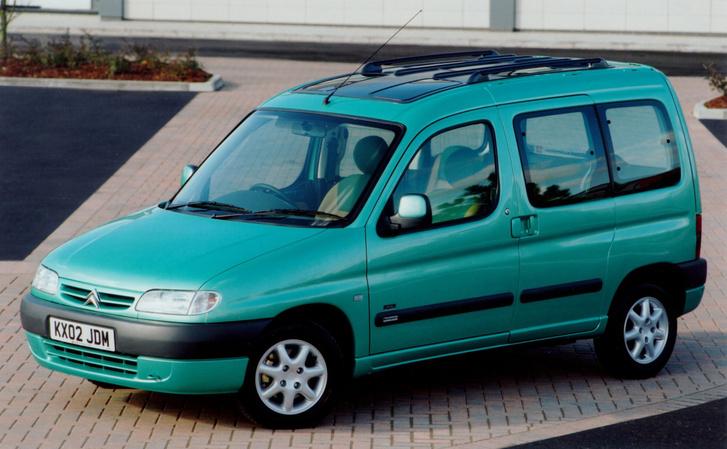 Citroen Berlingo és Peugeot Partner a praktikus autók megtestesítői. Ha olyan kitartóak lennének, mint egy Corolla, akkor több lenne a vidám autótulajdonos. Fillérért vizsga nélküli vagy külföldi rendszámtalan a legtöbb