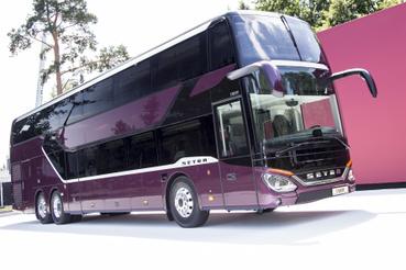 A Setra legnagyobb busza az S531 DT