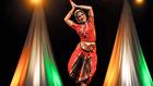 Érzéki táncok az indiai előkarácsonyon