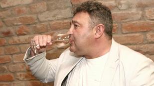Gesztesi Károly megint iszik - Hírek kis Unicum mellé