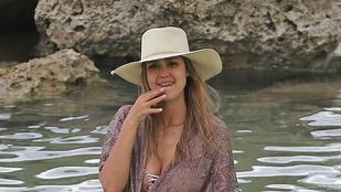 Jessica Alba irigylése méltó módon piheni ki magát Hawaiin