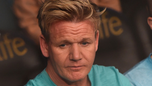 Emberi drámák rovatunk bemutatja: Gordon Ramsay Hawaii pizzát eszik