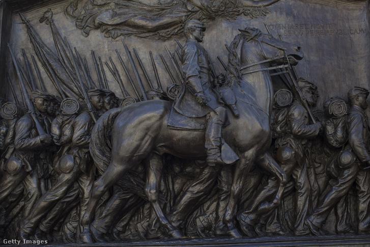 Robert Gould Shaw lovasszobra Bostonban
