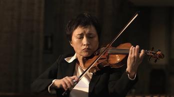 Kyung Wha Chung belesült a Bach-fúgába, mégis imádták az emberek