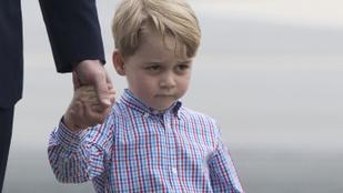 György herceg nem tud parancsolni a grimaszainak és ez így tökéletes