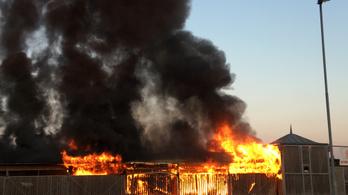 Lángolt a lőrinci bolhapiac