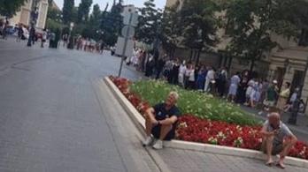 Tűzriadó miatt evakuálták a pólóválogatottat a Hiltonból