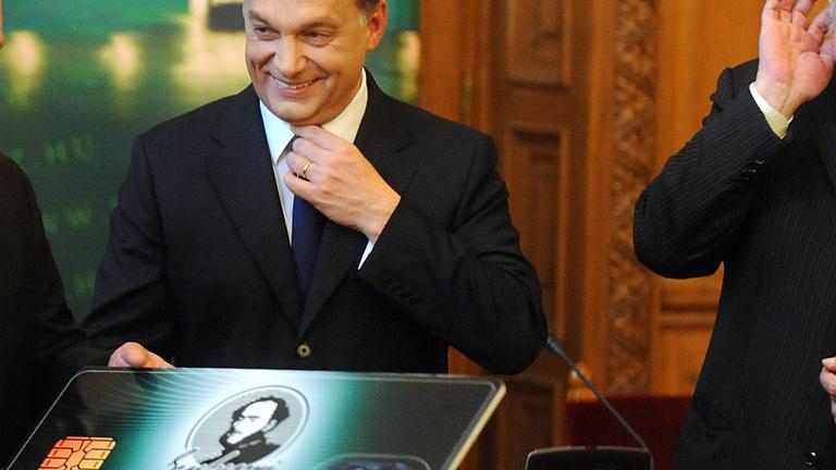 Kikutatták: Orbán megelőzi Kossuthot és Széchenyit