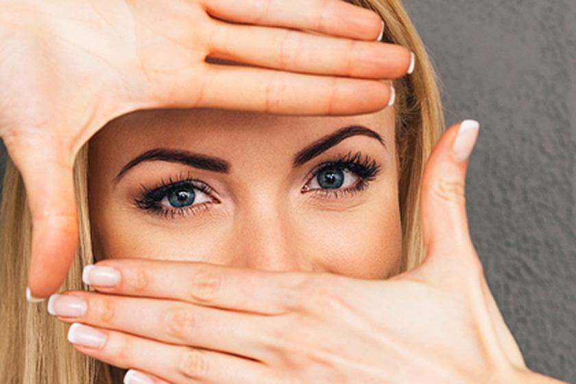Csodát tesz a szem alatti bőrrel: házi maszk duzzadt, karikás szemekre