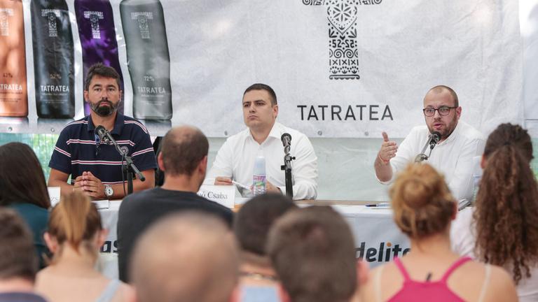 Folytatja a negatív kampányt a Fidesz, mert működik