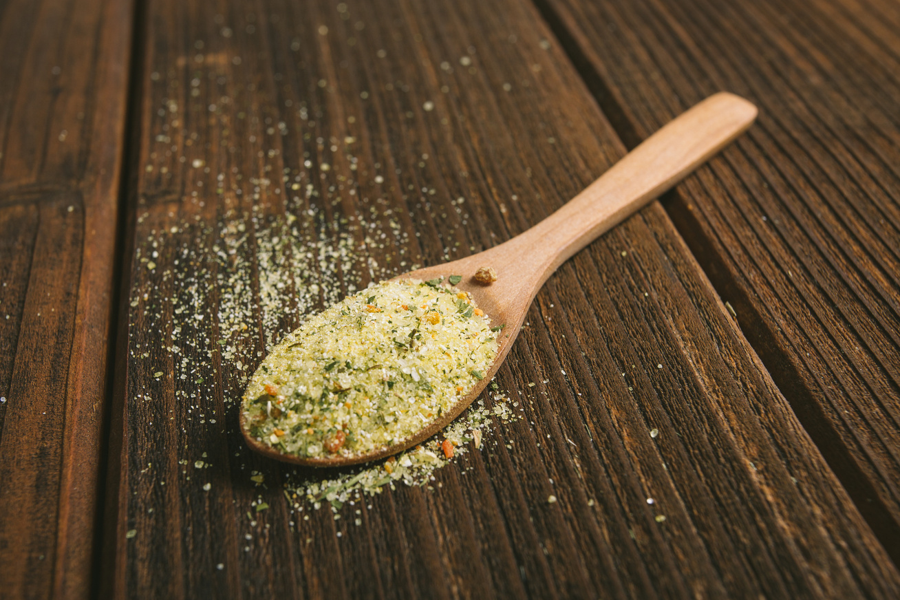 Így készíts ételízesítőt házilag: két csomag árából egész évre elég