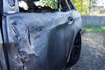 Meggyulladt a BMW alumíniumajtaja