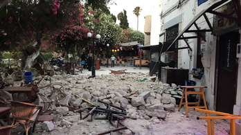 Turisták haltak meg az égei-tengeri földrengésben