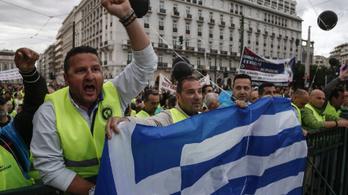 Görögország még több pénzt kaphat az IMF-től