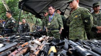 Állítólag háromszáz túszt ejtettek szélsőségesek a Fülöp-szigeteken