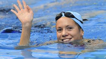 A két legnagyobb úszónő már úszik vasárnap
