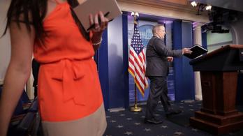 Lemondott a Fehér Ház sajtófőnöke