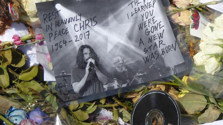 A Linkin Park és Soundgarden frontembereinek halála több ponton egyezik