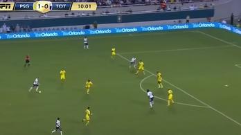 Őrült nagy gólt bombázott a PSG-nek 30 méterről