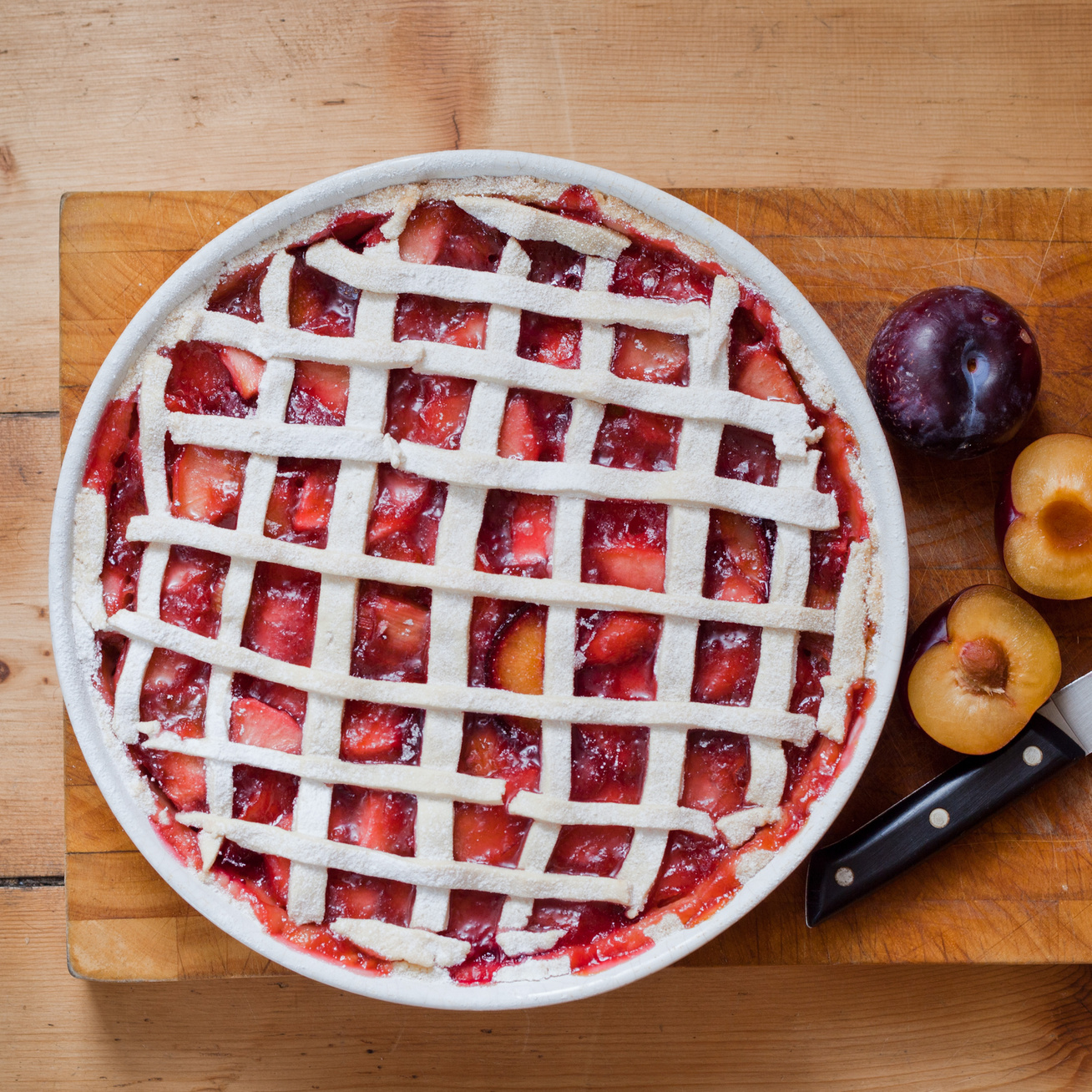 Illatos szilvás rácsos pite friss gyümölccsel - Generációk óta változatlan a recept