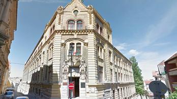 Eltűnik egy macskaköves budavári utca, leaszfaltozzák