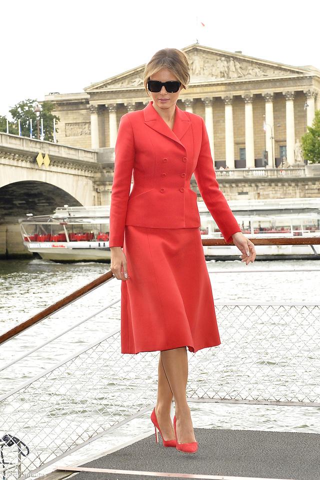 Piros Dior, ami túlmutat önmagán?