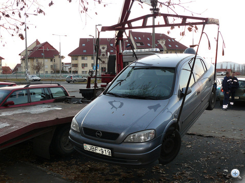 Megtalalt lopott opel Dkeszi 101113 Vezda103