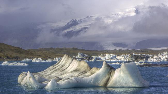 Védetté nyilvánítják a túrázók között népszerű izlandi gleccsertavat