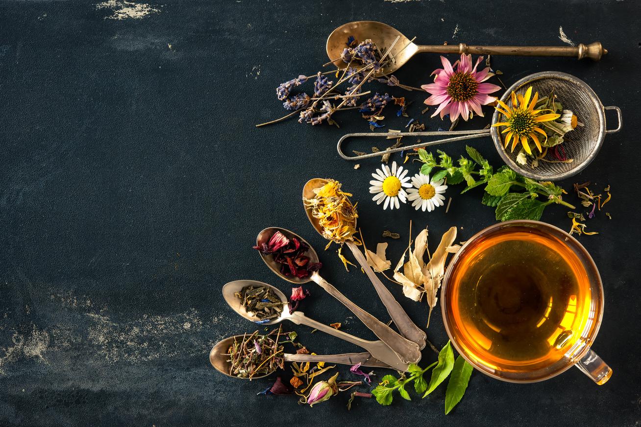 gyogynovenyes tea