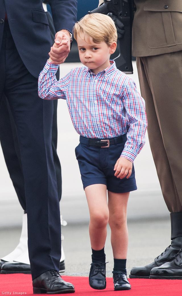 Jelenleg György herceg a királyi család legnagyobb sztárja.