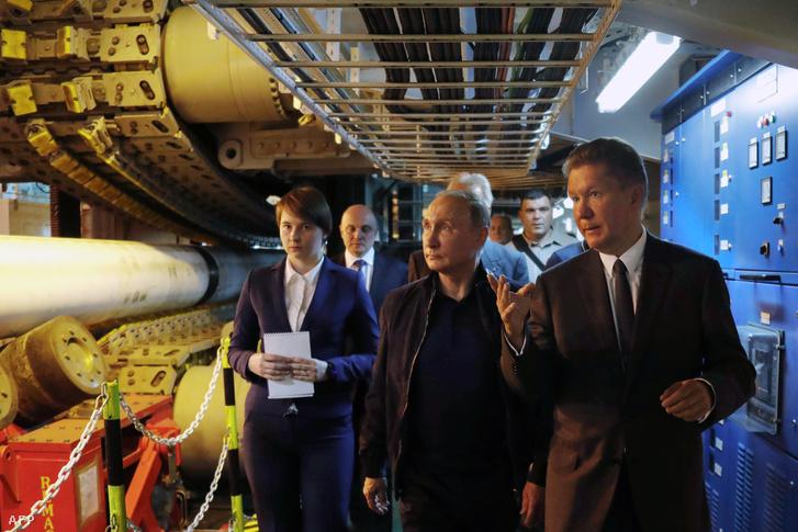 Vlagyimir Putyin és Alekszej Miller, a Gazprom vezetője