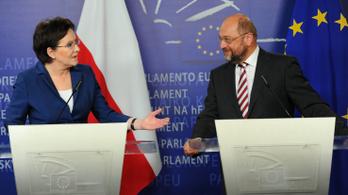 Az Európai Bizottság kötelezettségeszégi eljárást indított a lengyelek ellen
