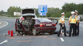 Több halálos autóbaleset is volt szombaton
