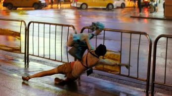Háromszorosan is megtépte Tajvant a tájfunszezon