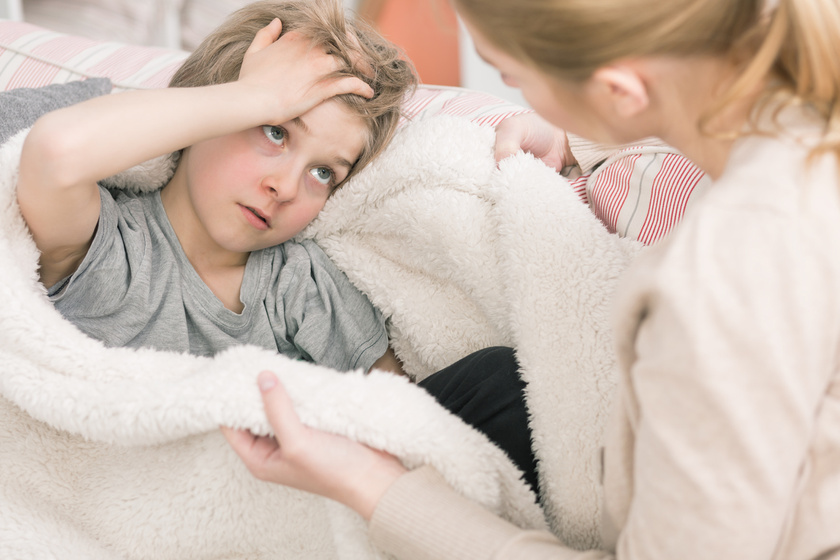 fejfajas-beteg-gyerek-iskolakezdesi-stressz