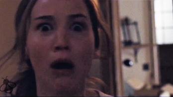 Jennifer Lawrence halálra rémül
