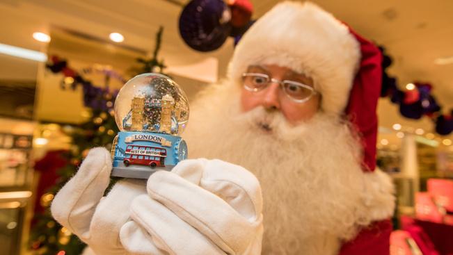 Megnyílt a karácsonyi vásár a londoni Selfridges áruházban