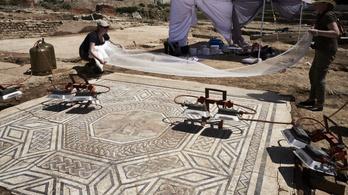 Ismeretlen kis Pompei-re bukkantak a régészek Franciaországban