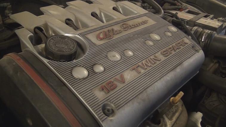 Milyen erős az agyondédelgetett Alfa Romeo 156?