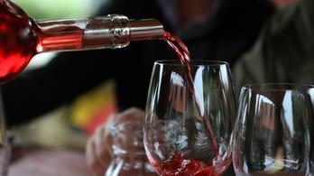 Akkora siker a magyar bor Angliában, hogy már a Lidlben is árulják
