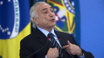 Az ellenzék nem tudta megbuktatni a korrupciógyanúba keveredett brazil elnököt