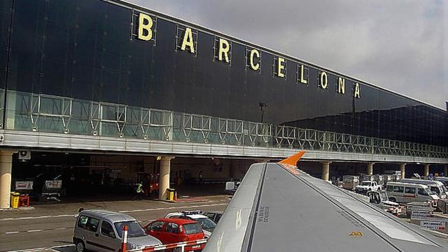 Sztrájkba kezdenek pénteken a barcelonai reptéren
