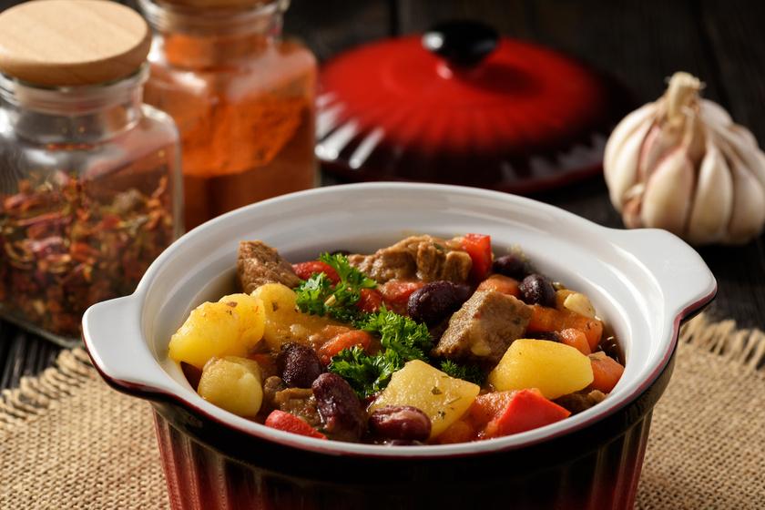 Bográcsban fő a legfinomabb babgulyás - Néhány összetevő, amitől különösen finom lesz