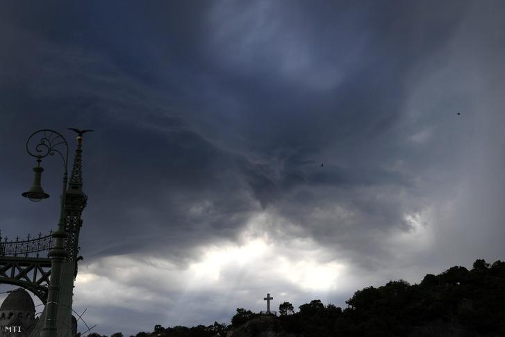 Budapesten is érdemes volt viharfelhőket fotózni