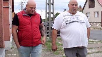 Jótékonykodnak a megdobált romák a strasbourgi jóvátételből