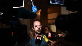 Elítélték a franciát, aki ingyen szállást adott a migránsoknak