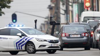 Lövésekkel állítottak meg egy Citroen Picassót Molenbeekben