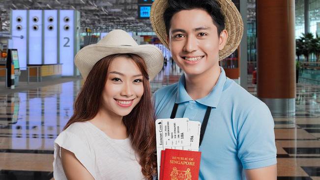 Ha megnézi a Singapore Airlines biztonsági videóját, azonnal jegyet vált